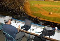 Trabajando en el estadio Universitario de Caracas